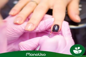 Einweghandschuhe für Maniküre und Pediküre